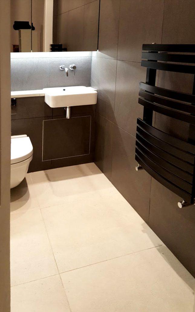 En-suite bathroom installation with wall-hung pan, Stockbridge.